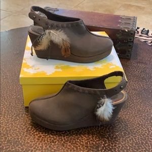 Authentic Yellow Box Carmita feather wedge shoes!